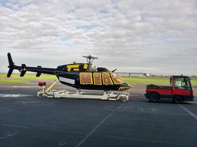 Cart for installation and painting helicopters