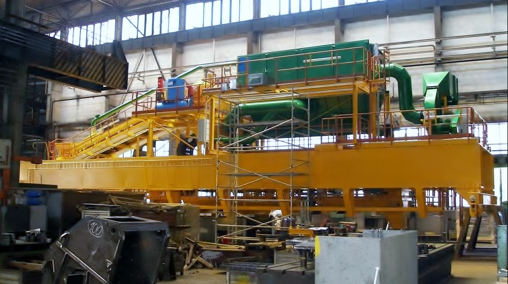 Cranes for aluminium industry